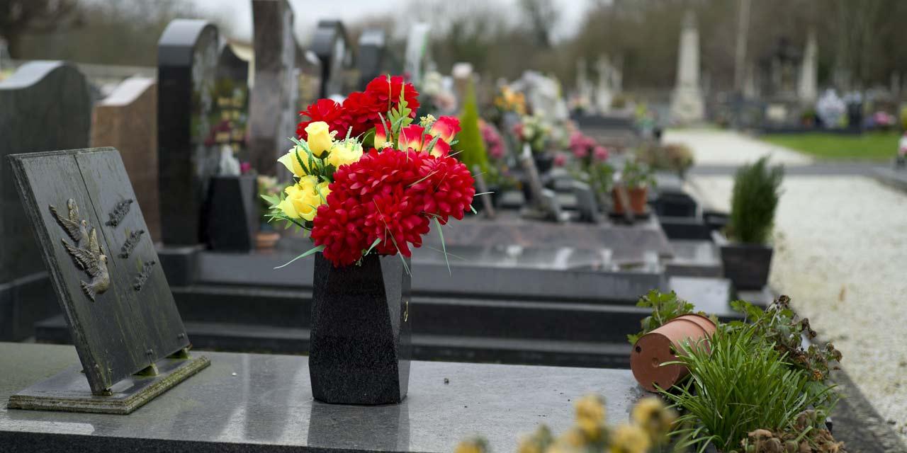 inhumation y penser
